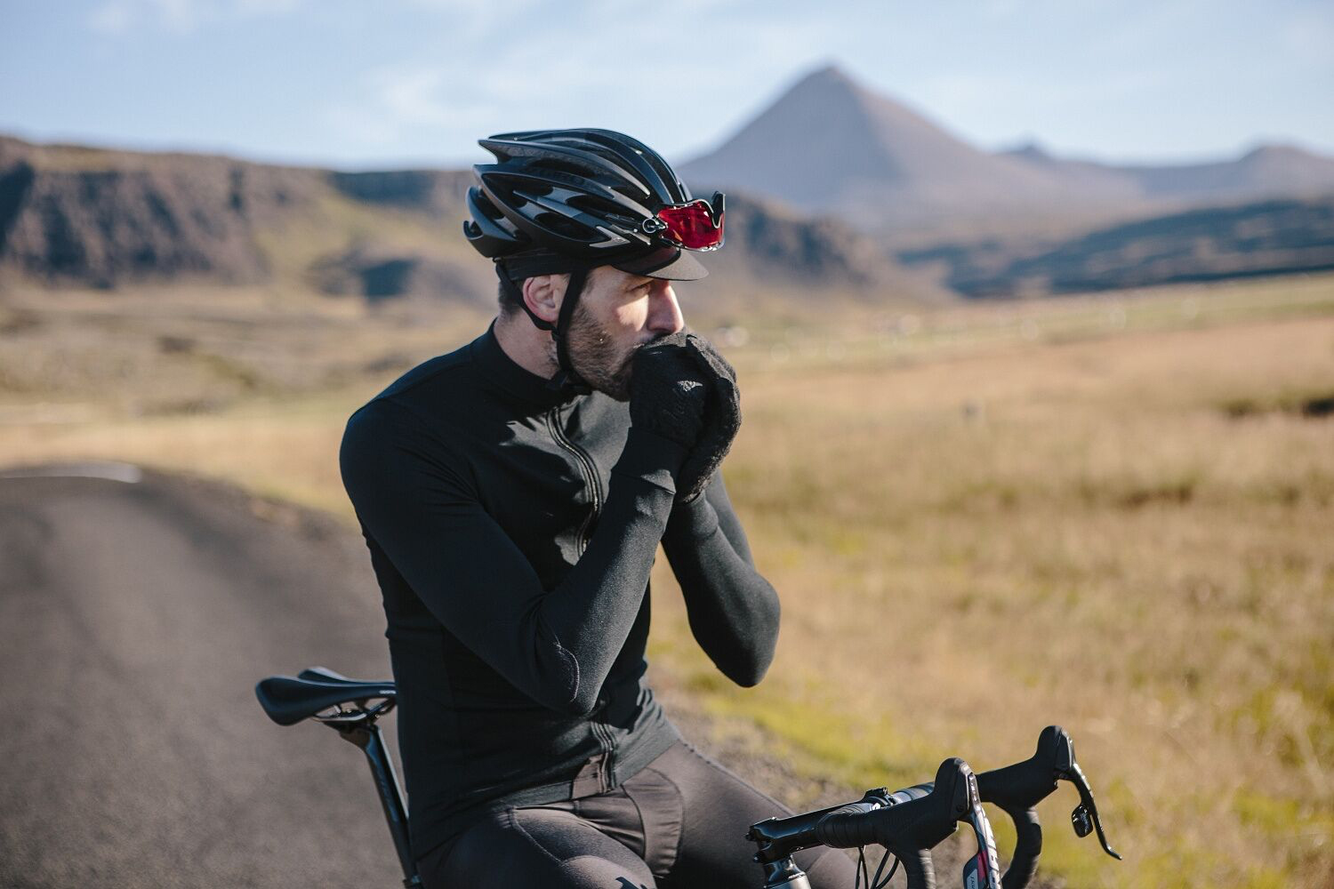 19ad14915 Winter cycling in the UK   Ireland – how to layer up for the weather ...